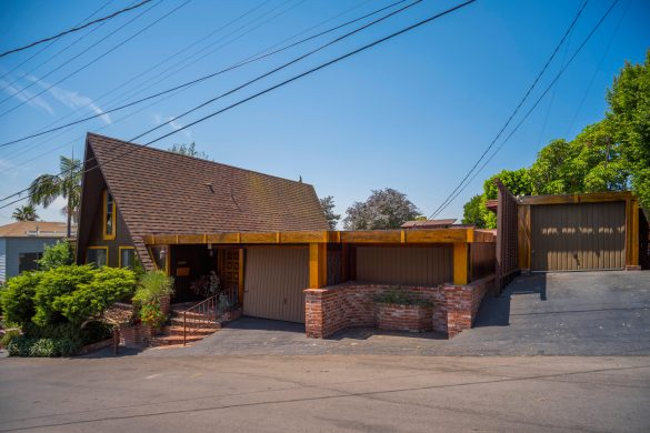 42 S Pasadena Avenue-print-001-2-Front-4200x2800-300dpi